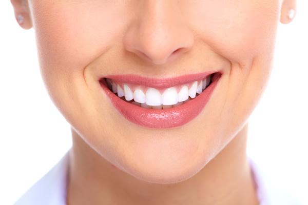 Doğa, Bembeyaz Dişler İçin de Hizmetinizde!