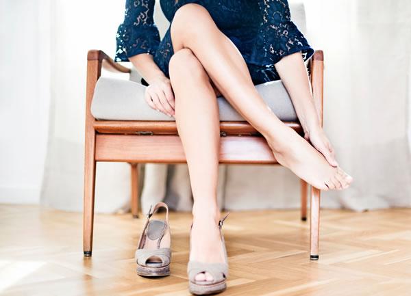 Kısacık Bir Yürüyüş Bile Topuklarınızı Acıtıyor mu?